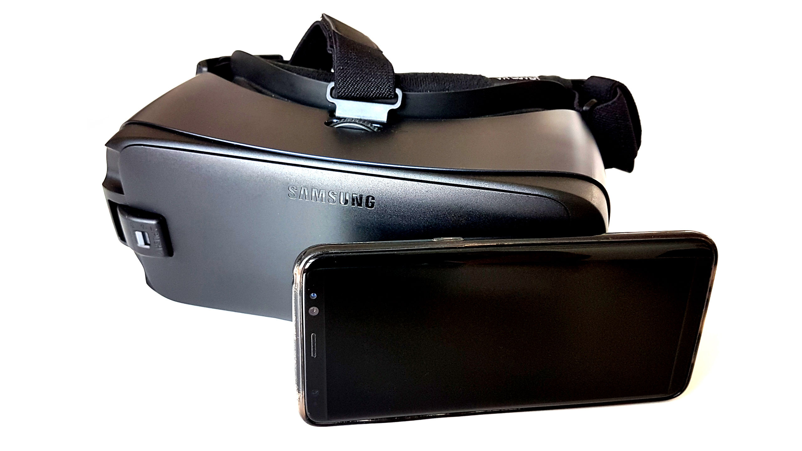 https://triboot.de/wp-content/uploads/2018/04/triboot-mobile-vr-samsung-gear.jpg